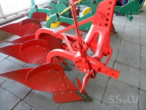 agriculture-agricultural-machinery-ploughs-0-2.800